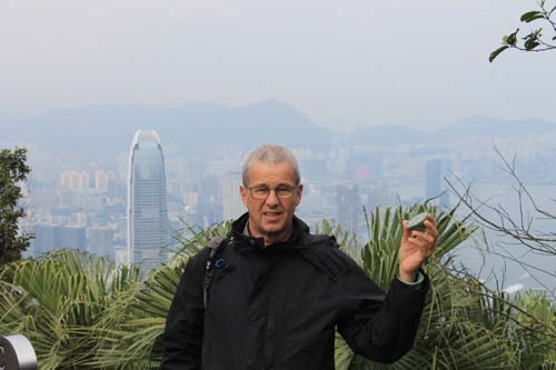 in flagranti: putting orgonite into Hong Kong