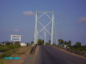 Orgone energy gifting tour Malawi: Limpopo crossing